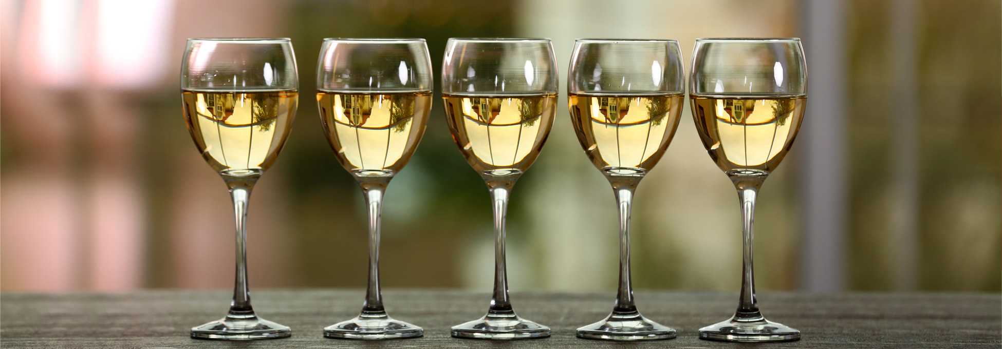 trigs-homepg-white-wine-sale.jpg